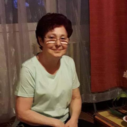 Zsuzsi, 68 éves társkereső nő - Dorog