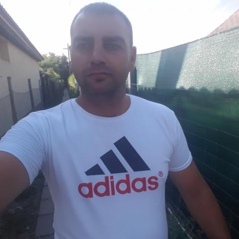 Tamás, 31 éves társkereső férfi - Soponya