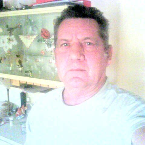 András, 71 éves társkereső férfi - Nemesbikk