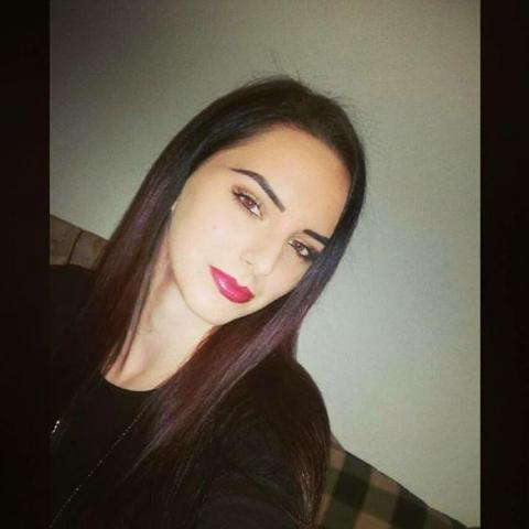 randi egy szép zsidó lány