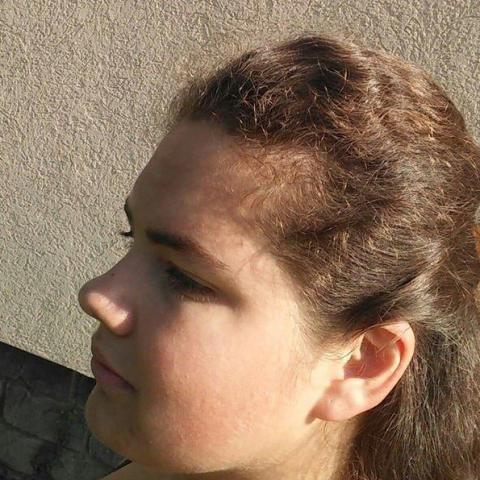 Bogi, 19 éves társkereső nő - Kehidakustány