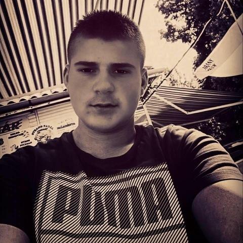 Dani, 18 éves társkereső férfi - Tiszacsege