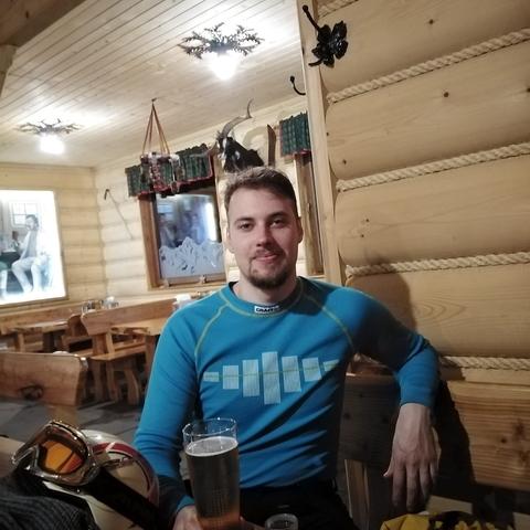 Adam, 25 éves társkereső férfi - Solymár