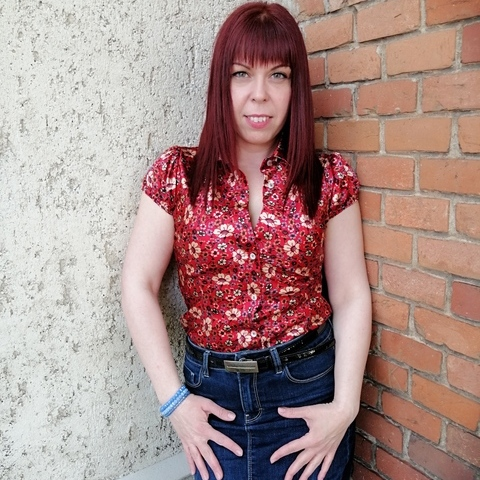 Csilla, 34 éves társkereső nő - Debrecen