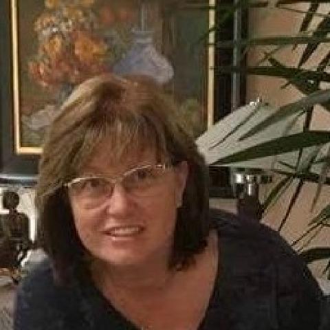 Ági, 64 éves társkereső nő - Sopron