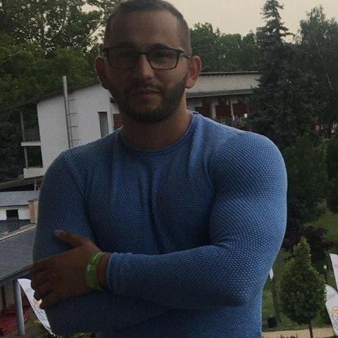 Roland, 30 éves társkereső férfi - Debrecen