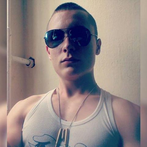 Norbert, 21 éves társkereső férfi - Dunaföldvár