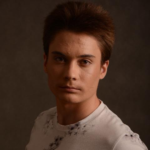 Kristóf, 18 éves társkereső férfi - őrbottyán
