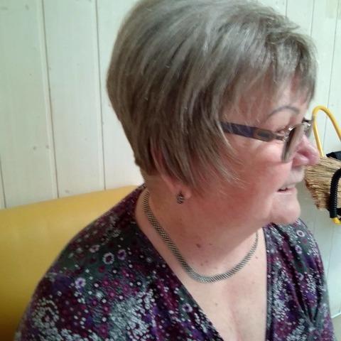 Linda, 71 éves társkereső nő - Bátonyterenye