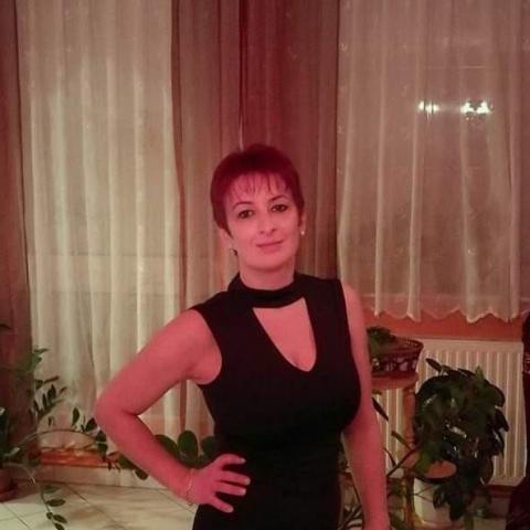 Csilla, 45 éves társkereső nő - Fertőd