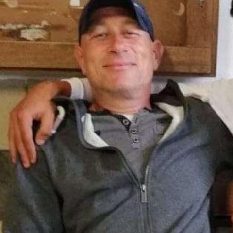 Johnny, 42 éves társkereső férfi - Almásfüzitő