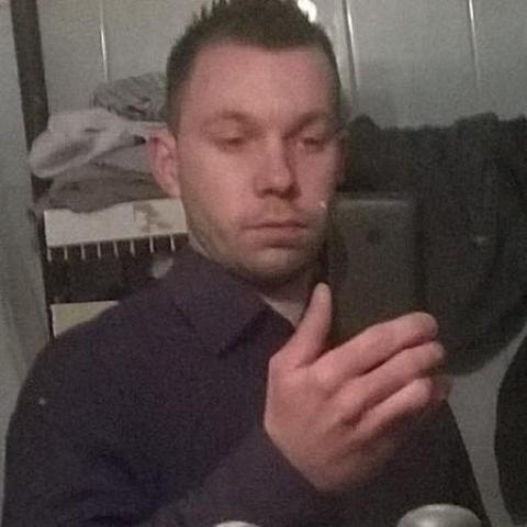 Zsolt, 28 éves társkereső férfi - Hosszúpályi