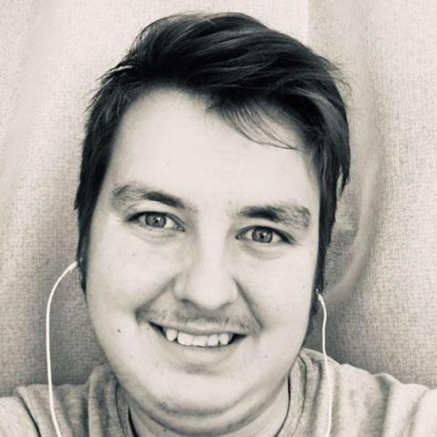 Nándor, 22 éves társkereső férfi - Bedő