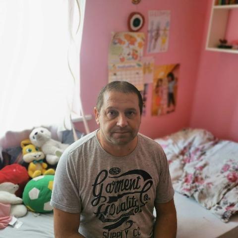 zoli, 46 éves társkereső férfi - Varsány