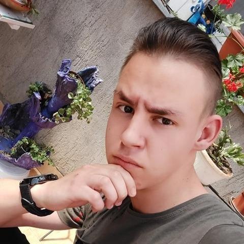 Krisztofer, 20 éves társkereső férfi - Domoszló