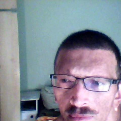 Attila, 40 éves társkereső férfi - Gelse