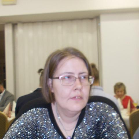 Erzsébet, 28 éves társkereső nő - Balatonalmádi