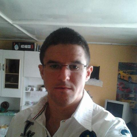 Gabeszkaaaa, 31 éves társkereső férfi - Miskolc