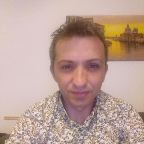 Csaba, 37 éves társkereső férfi - Oromhegyes
