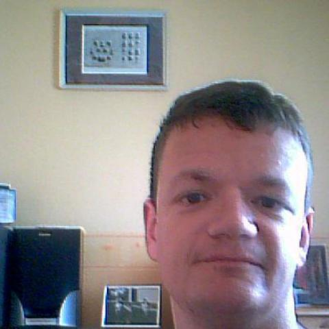 Péter, 42 éves társkereső férfi - Pálfiszeg