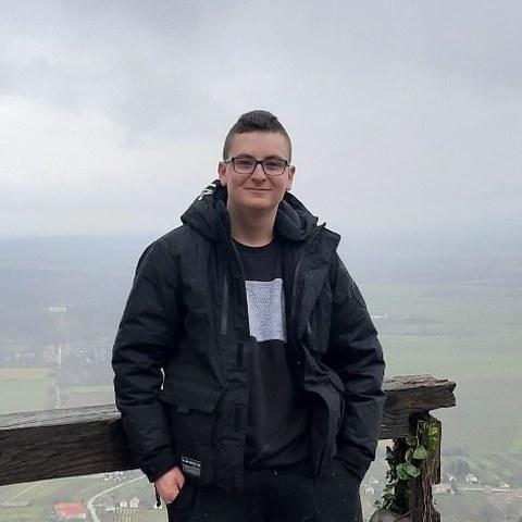 Roli, 17 éves társkereső férfi - Veszprém