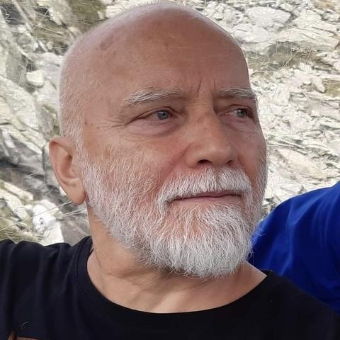 Filip, 46 éves társkereső férfi -