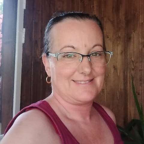 Henriett, 47 éves társkereső nő - Székesfehérvár