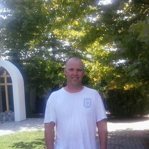 Emil, 41 éves társkereső férfi - Elek