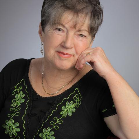 Marika, 70 éves társkereső nő - Szeged