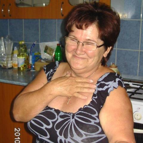 Marcsi, 66 éves társkereső nő - Karácsond