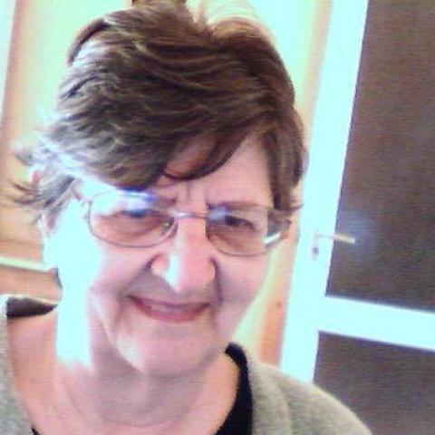 Emília, 72 éves társkereső nő - Békéscsaba