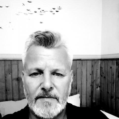 Róbert, 53 éves társkereső férfi - Rudabánya
