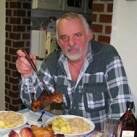 Péter, 72 éves társkereső férfi - Sárszentmihály