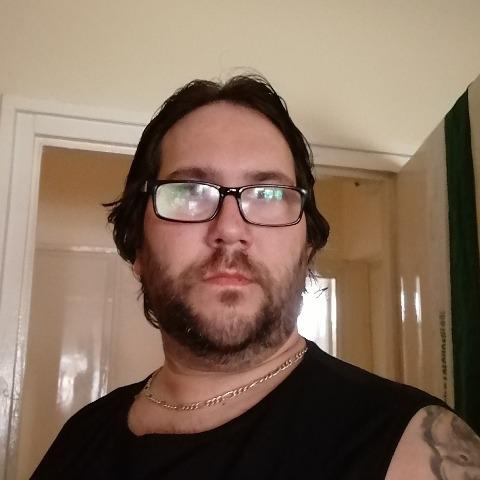 László, 37 éves társkereső férfi - Mezőkövesd