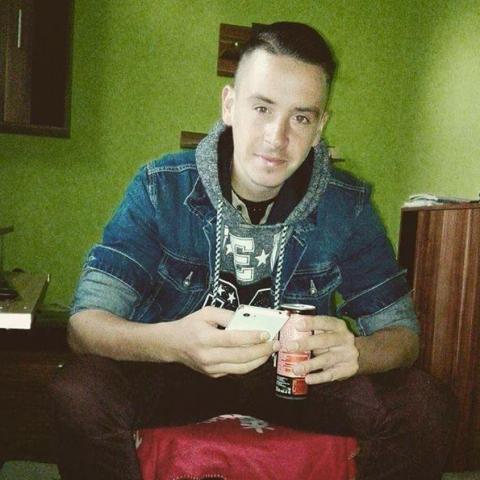 Csaba, 25 éves társkereső férfi - Nagykapos