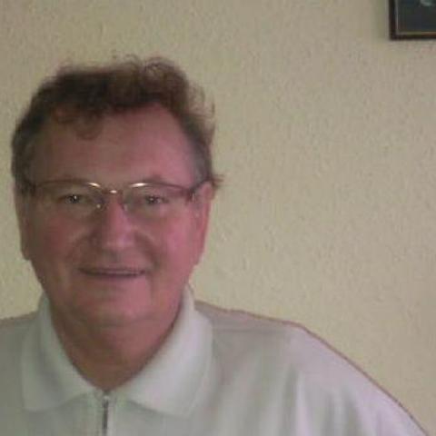 Sándor, 68 éves társkereső férfi - Zalaegerszeg