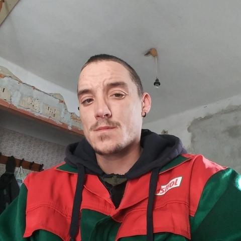 Takacs, 30 éves társkereső férfi - Rábapatona