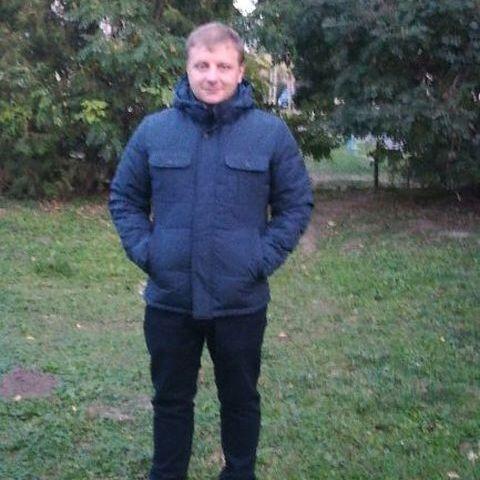 István, 37 éves társkereső férfi - Gomba