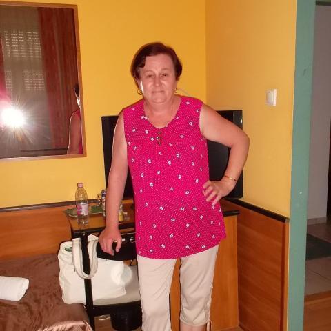 Zsuzsa, 60 éves társkereső nő - Jászszentandrás