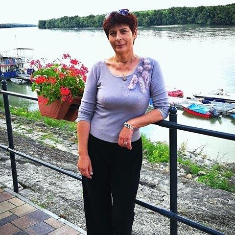 Rózsa, 54 éves társkereső nő - Nagylók