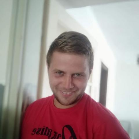 Laci, 25 éves társkereső férfi - Tiszajenő