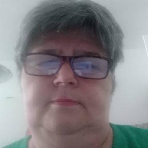 katalin, 59 éves társkereső nő -