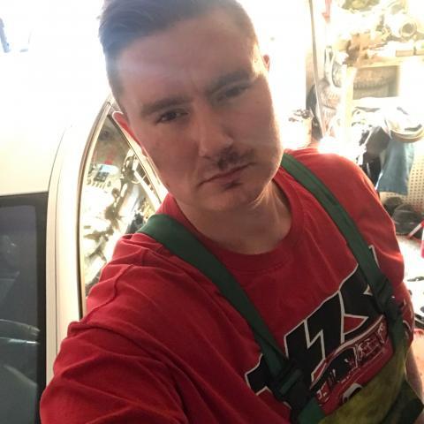 Robika, 28 éves társkereső férfi - Balassagyarmat