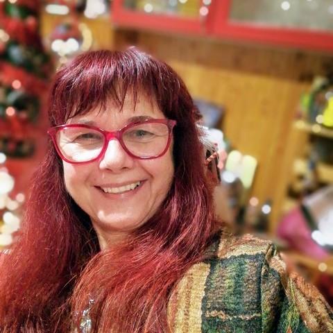 Gabriella, 56 éves társkereső nő - Szeged