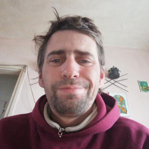 Gábor, 42 éves társkereső férfi - Köröstarcsa