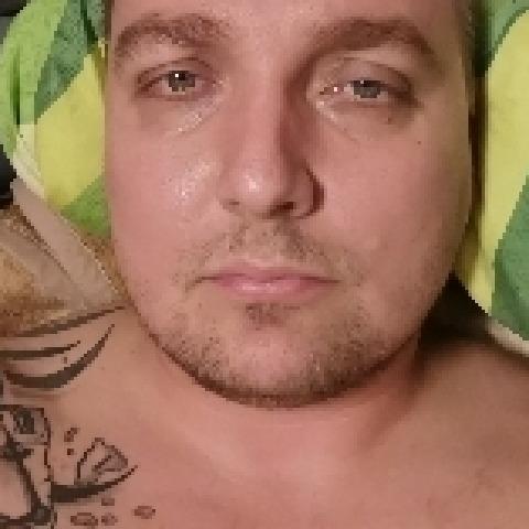 Krisz, 32 éves társkereső férfi - Nyíregyháza