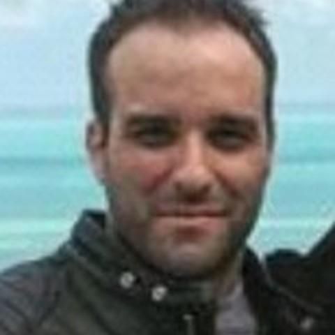 Istvan, 21 éves társkereső férfi - Zombor