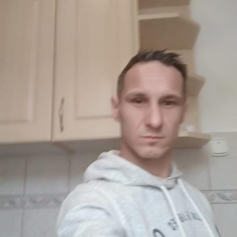 Làszló, 47 éves társkereső férfi - Pápa
