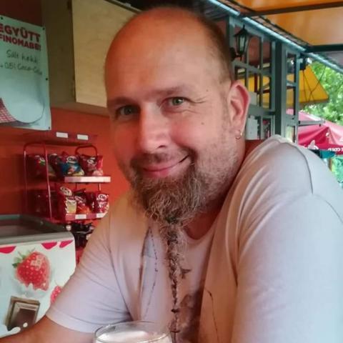 Gábor, 46 éves társkereső férfi - Balatonszemes