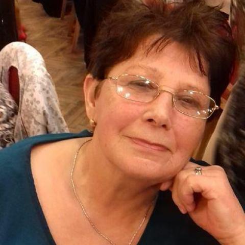 Irénke, 73 éves társkereső nő - Kunhegyes